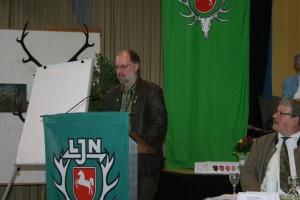 Thomas Behling, Vorsitzender des Rot- und Schwarzwildringes wirbt für eine verantwortungsvolle Jagd sowie für einen gesunden Altersaufbau von Rot- und Schwarzwild. Foto: Uwe Kurmeyer