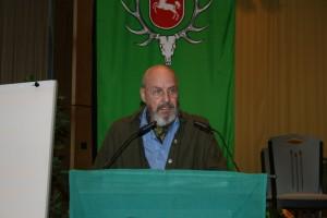 Eckard Fiedler trägt seinen Kassenprüfbericht den Mitgliedern vor. Foto: Uwe Kurmeyer