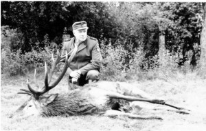 Der Ehrenvorsitzender und langjähriger 1. Vorsitzender der Jägerschaft Burgdorf, Walter Tesch, ist im Alter von 93 Jahren gestorben.