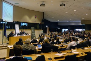 """Beratungen der Intergruppe """"Biodiversität, Jagd und ländliche Räume"""" im Europäischen Parlament zum Thema Wolf. Foto: FACE"""