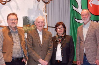Gerd Bosse für 70 Jahre Mitgliedschaft in der Burgdorfer Jägerschaft ausgezeichnet